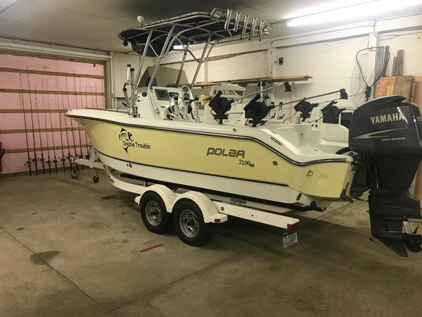 Used Polar 2100 Center Console Center Console Fishing Boat For Sale