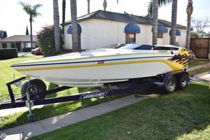 Used Lavey Craft XCS 21 Ski and Wakeboard Boat For Sale