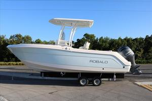 New Robalo R222Explorer Center Console Fishing Boat For Sale