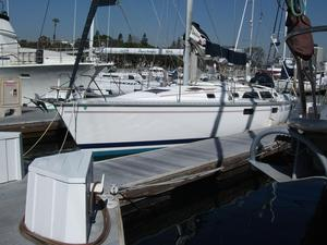 Used Hunter Legend 37.5 Sloop Sailboat For Sale
