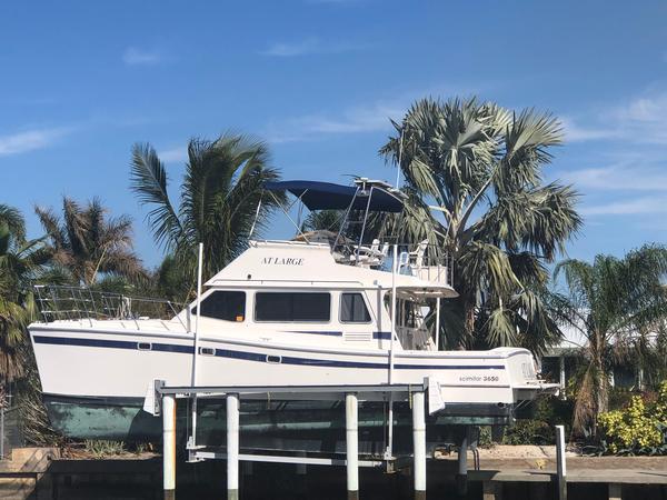 Used Custom Scimitar 3650 Cat Power Catamaran Boat For Sale
