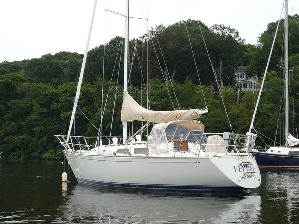 Used Sabre 30 Racer and Cruiser Sailboat For Sale