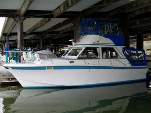 Used Uniflite 34 SF Sports Fishing Boat For Sale