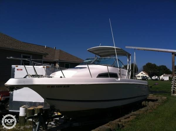 1996 used wellcraft 264 coastal walkaround fishing boat for Used fishing boats for sale in md