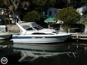 Used Bayliner 2550 Cierra Sunbridge Express Cruiser Boat For Sale