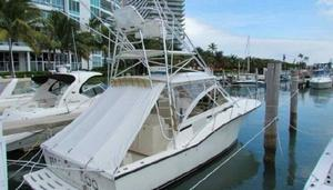 Used Carolina Classic Express W Tower Sports Fishing Boat For Sale