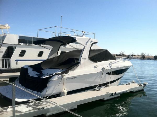 Used Four Winns V305 Cruiser Boat For Sale