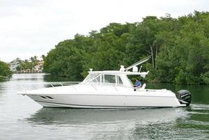 Used Intrepid 390 Sport Yacht390 Sport Yacht Express Cruiser Boat For Sale