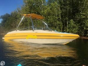 Used Glastron GX 205SF Ski and Wakeboard Boat For Sale