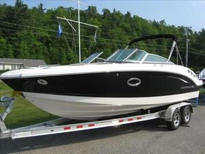 New Chaparral 246 SSi Surf Ski and Wakeboard Boat For Sale