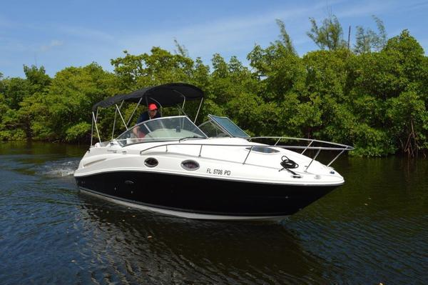 Used Sea Ray Sundancer 240 Cruiser Boat For Sale