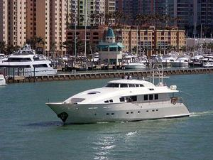 Used Evolve 2001 Motor Yacht For Sale