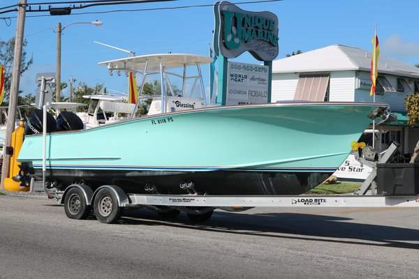 Used Spencer 27CC Center Console Fishing Boat For Sale