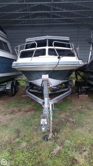 Used Glasply 19 Cuddy Walkaround Fishing Boat For Sale