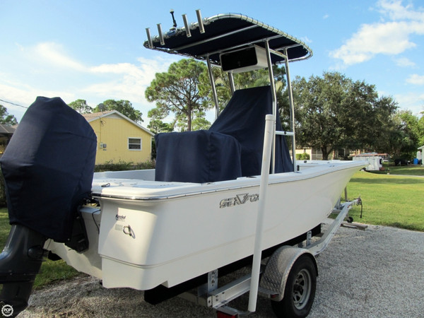 Used Sea Fox 200 Bay Fox XT Center Console Fishing Boat For Sale