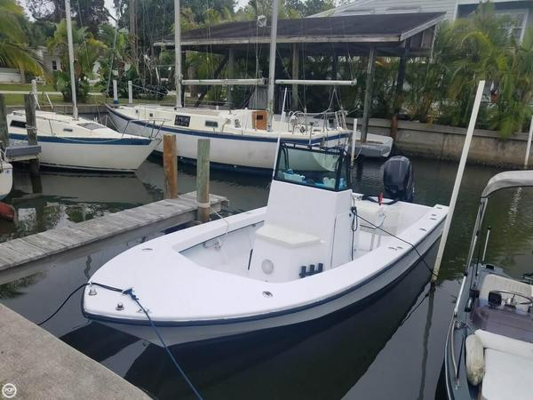 Used Wetsig 22 Outerbanks Center Console Fishing Boat For Sale
