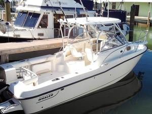 Used Boston Whaler 235 Conquest Walkaround Fishing Boat For Sale