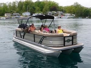 Used Veranda VTX25RC Pontoon Boat For Sale