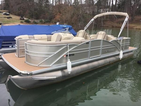 Used Starcraft MX 23 C Pontoon Boat For Sale