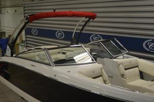 New Cobalt R5 Bowrider Boat For Sale