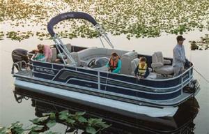 New Ranger Reata 220C Pontoon Boat For Sale