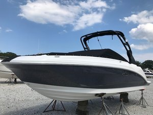 New Sea Ray 250 SDO Bowrider Boat For Sale