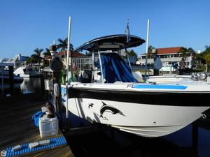 Used Sea Fox 256 CC Center Console Fishing Boat For Sale