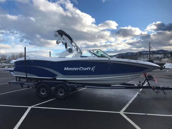 New Mastercraft X23X23 Ski and Wakeboard Boat For Sale