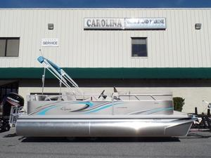 New Qwest LS 820 XRE Cruise Pontoon Boat For Sale
