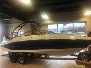 New Rinker Q5Q5 Bowrider Boat For Sale