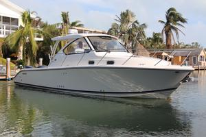 Used Pursuit 325 Offshore Motor Yacht For Sale