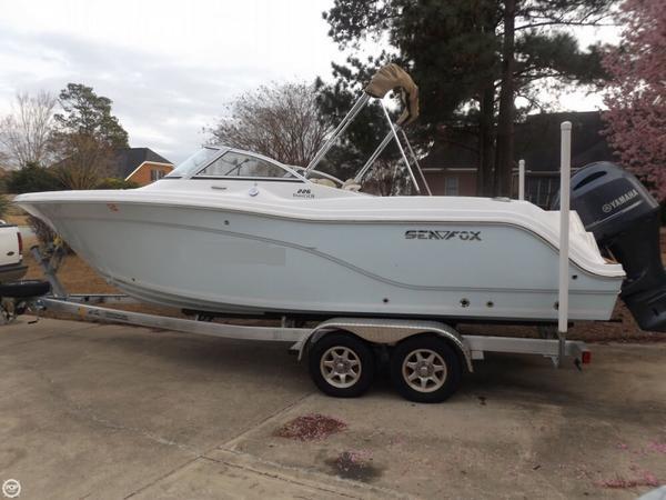 Used Sea Fox 226 Traveler Ski and Wakeboard Boat For Sale