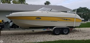 Used Stingray 220 DR Deck Boat For Sale