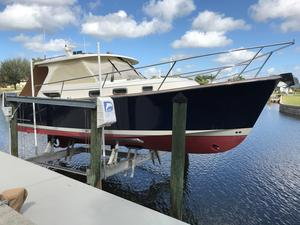 Used Legacy Yachts 32 Express Cruiser Boat For Sale