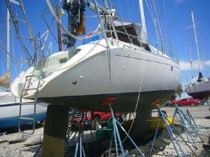 Used Beneteau Cruiser Sailboat For Sale