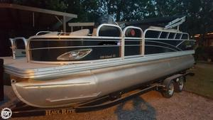 Used Silver Wave 220 Island CC Pontoon Boat For Sale