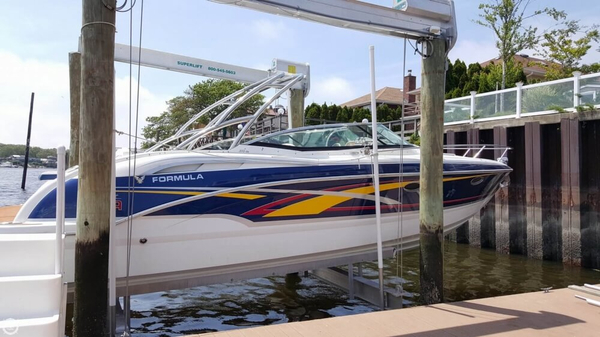 Used Formula 310 SS Express Cruiser Boat For Sale