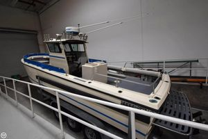 Used Farallon 2800 Walkaround Pilothouse Boat For Sale