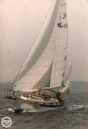 Used Hans Christian 33T Racer and Cruiser Sailboat For Sale