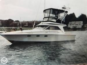 Used Trojan 10 Meter 33 Sports Fishing Boat For Sale