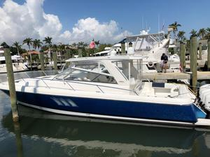 Used Intrepid 475 Sport Yacht Repowered Center Console Fishing Boat For Sale