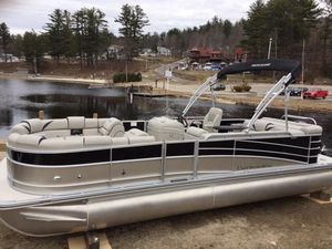New Berkshire 23CL4G STS23CL4G STS Pontoon Boat For Sale