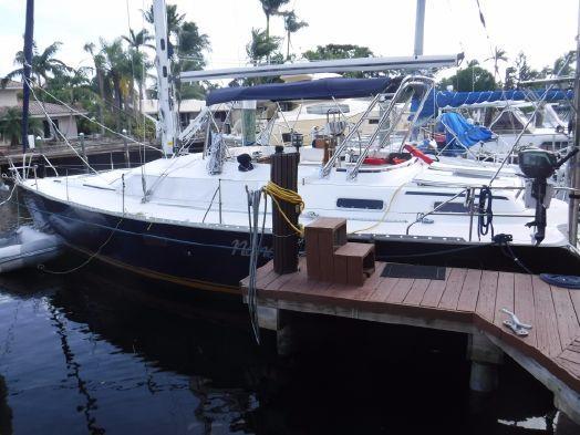 Used Hunter Passage 42 Center Cockpit Cruiser Sailboat For Sale