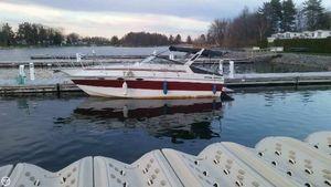 Used Sun Runner 275 SB Express Cruiser Boat For Sale