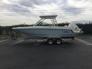 New Boston Whaler 230 Vantage230 Vantage Dual Console Boat For Sale
