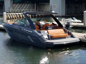 Used Cruisers Sport Series 338 Bow Rider Cruiser Boat For Sale