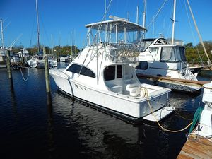 Used Luhrs 36 Convertible Flybridge Boat For Sale