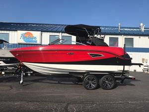 New Sea Ray 230SLX-W230SLX-W Bowrider Boat For Sale