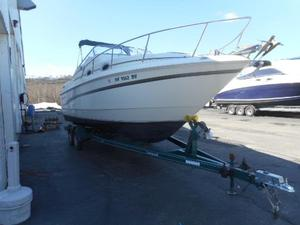 Used Monterey 256 Cruiser Boat For Sale