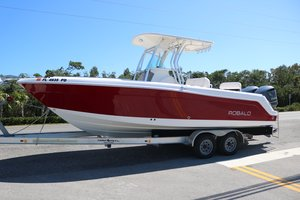 Used Robalo Center Console R260 Center Console Fishing Boat For Sale